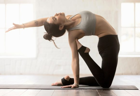 Hatha Yoga Vinyasa de nivel medio y avanzado