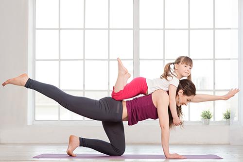 Taller yoga en familia con Marina Palop